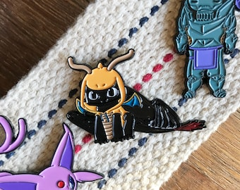 Toothless Enamel Pin - Dragonite Enamel Pin - Pokemon Enamel Pin - How to Train Your Dragon Enamel Pin  - Hat Pin - Lapel Pin