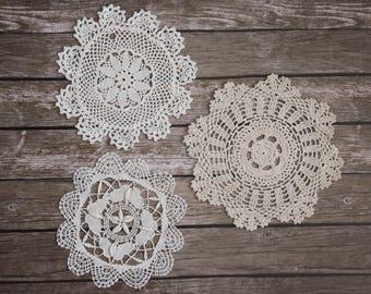 Crochet lace doilies, cream antique cotton doilies - set of 5