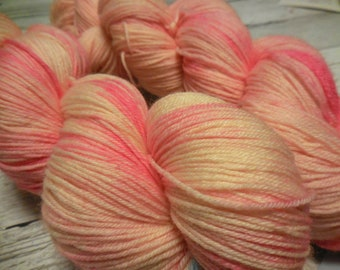 "Anglophile BFL fingering yarn in ""Ollioules"" from AnniePurl"