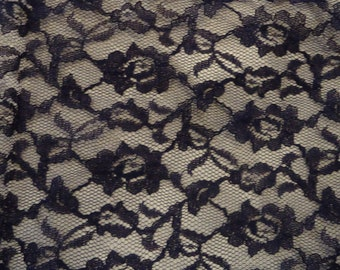 Vintage Chantilly Lace Navy Blue 50s 60s Kerchief