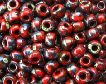 Japanese Miyuki 8/0 Seed Beads 4513 opaque Picasso Red. Red round Seed Beads. Picasso Seed Beads.