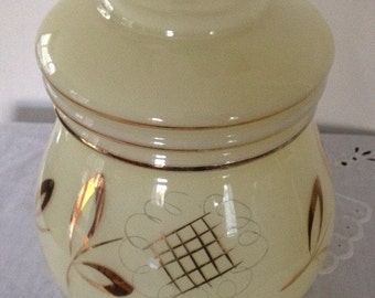Lovley Vintage Yellow Glass Lamp Shade With Gold Details