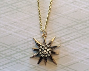 Star Necklace - Star Necklace Gold - Star Jewelry - Star Pendant - Star Pendant Necklace - Antique Gold Jewelry - Antique Gold Necklace