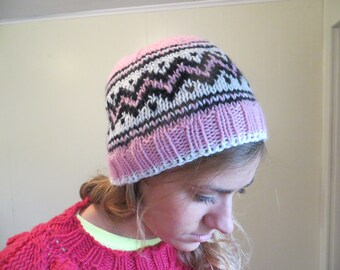 Woman's wool pink fair isle hat