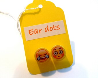 Cute Stud Earrings - Yellow - Wooden Earrings - Emoji Studs - Emojis - Smily Face