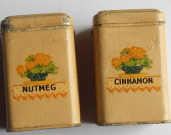 Cute Pair of Vintage Spice Cans!