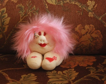 Handmade Dolls Small Stuffed Doll Sitting Doll with Pink Hair Soft Sculpture Doll Cotton Doll Whimsical Funky Doll Poupée Made in Israel