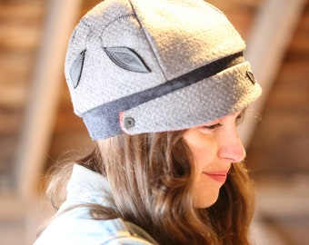 Grey and red reversible Meversible cloche style beanie hat