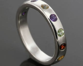 Mother's Ring / Grandmother's Ring / Family Ring. 8 Birthstones. Genuine Gemstone. Sterling Silver. Natural Stone. Flush Setting.
