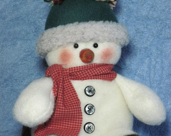 "Snowman pattern:  ""Tuckered Snowman"" - #649"