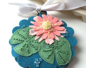 Lily Pad Needlebook Kit, Giftable DIY, Wool Felt Embroidery, Pincushion, Needlework,  Beading Kit, Festival of Broken Needles, Hari Kuyo