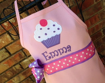 Cupcake Apron, Personalized Embroidery, Light Pink Apron, Purple Cupcake, Birthday Party Favor, Birthday Gift for Girl, Mommy and Me Aprons
