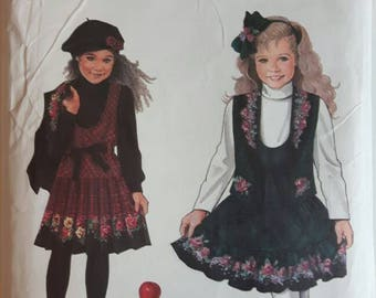 Simplicity Daisy Kingdom Girl's Dress Sewing Pattern 9167