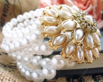 Opera Nights Bracelet White Pearls with Gold Toned Flower  Stretch Bracelet