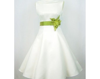 A line wedding dress wedding gown