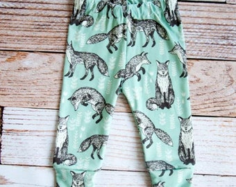 organic baby leggings, baby pants, baby leggins, toddler pants, organic toddler leggings, woodland, fox, foxes, arrows, organic baby