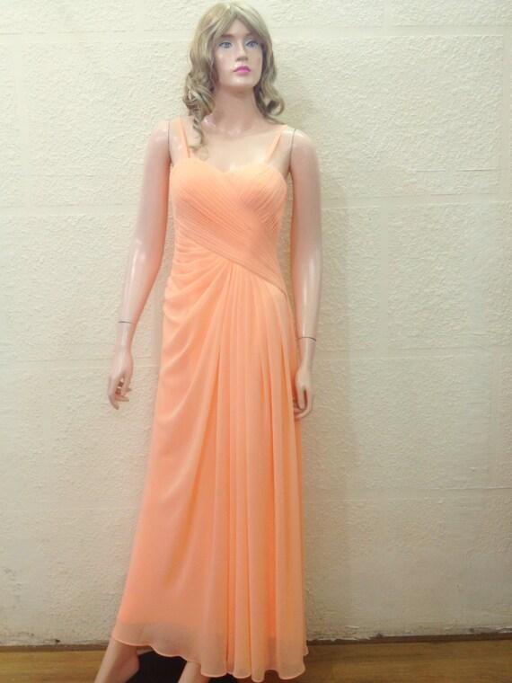 Pfirsich lange Brautjungfernkleid. Pfirsich Prom Kleid.