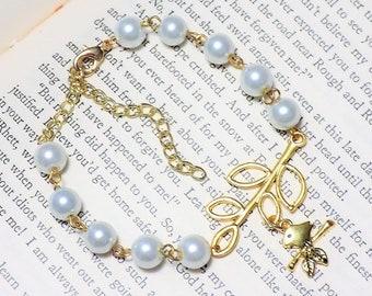 Vintage Inspired Gold and Pearl Bracelet
