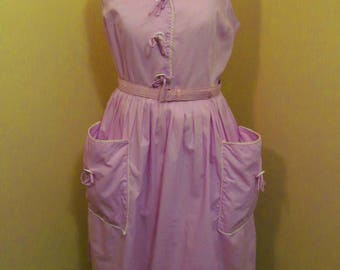 Vintage 1950s/ 1960s lilac day dress with hip pockets
