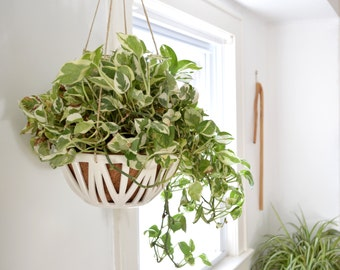 SET SAVINGS 25% OFF - Hanging Planters (Set of 2)