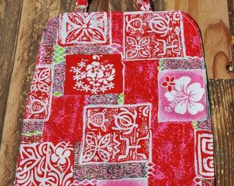 Grande serviette élastiquée réversible coton rouge et vert Tahiti, trèfles verts