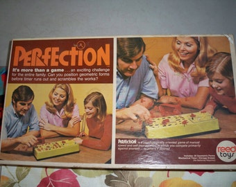 Vintage 1970's Mechanical Perfection Game