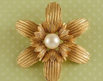 Gold Tone and Pearl Flower Brooch