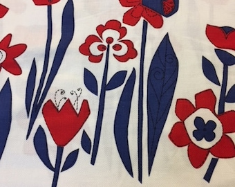 50s Buzzing Bees/Bugs n' Flowers//Patriotic Border Print//Cotton Pique//Red White/Blue Tulips, Daffodils, Daisies
