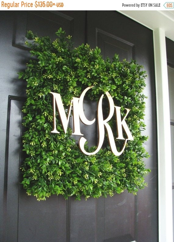 SUMMER WREATH SALE Square Monogram Boxwood Wreath, Boxwood Monogram Wreath, Outdoor Spring Wreath, Housewarming Gift, Wedding Wreath 20 Inch