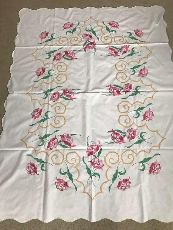 Vintage 64x50 Hand Stitched Table Cloth Pink Floral! Gorgeous!