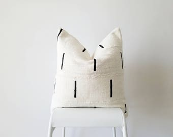Authentic Mudcloth Pillow, Mali Bogolan, Cream, Black, Lines SKU: MW002