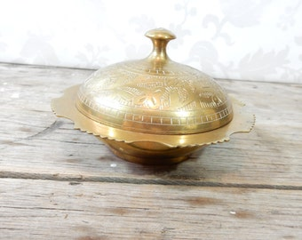 Etched Brass Trinket Dish, Candy Dish, Jewelry box, change holder, metal, small