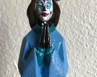 Day of the dead sadness statue