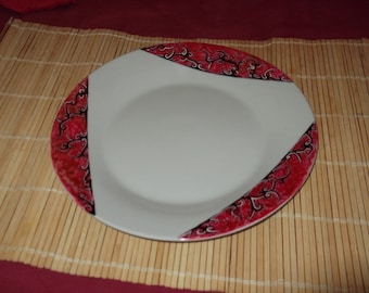 """painted in red """"shadow"""" porcelain plate"""
