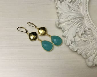 Reduced/Chalcedony And Gold Pyrite Earrings