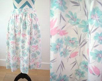Vintage Floral Print Skirt Pastel Pink Aqua and Gray Tulip Painterly Floral - Medium