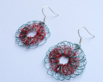 Wire crochet earrings made in France // French handmade jewelry // wire crochet jewelry // Summer jewelry 2016
