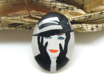 2 cabochons 18 mm oval glass Fatale black and white cream woman - 18 * 13 mm