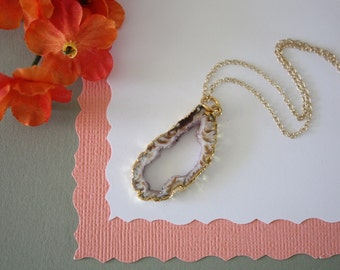 Geode Necklace, Druzy Necklace Gold, BoHo Necklace, Crystal Necklace, Geode Slice, Gold Slice Druzy,GCH54