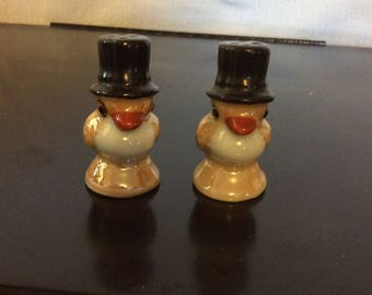 Birds with Top Hats Salt and Pepper Shakers