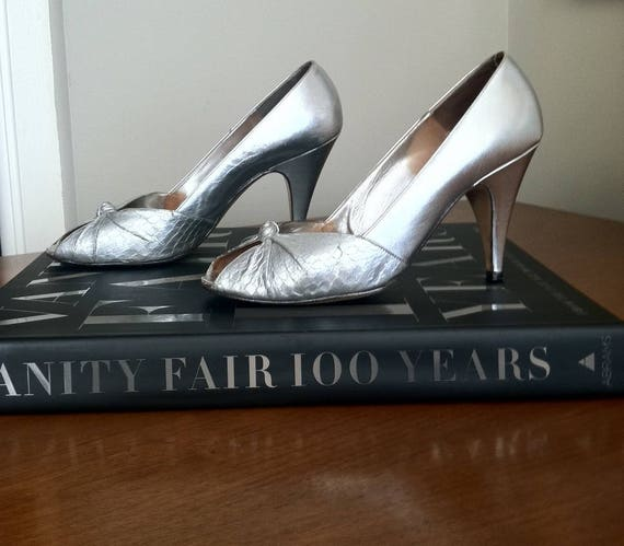 All Italy Leather Bruno Magli 38 Silver Pumps Made Toe Open in wOxUX7qSO