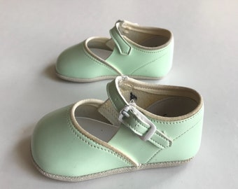 vintage 1950s baby girl shoes | mint green Mary Janes | vintage baby shoes