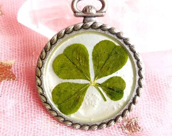 Real four leaf clover pendant found in nature #120