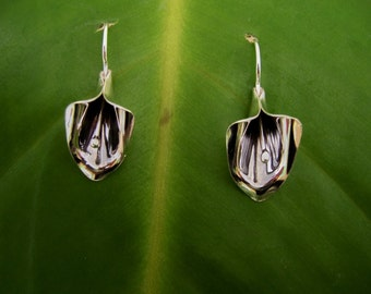 Sterling Silver Calla Lily Earrings, Flower earrings, Lily earrings, Silver Dangle Earrings, Silver earrings