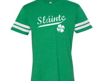 Slainte Irish Cheers Clover Funny Gaelic Celtic Party Pride Men's Football Jersey DT0410