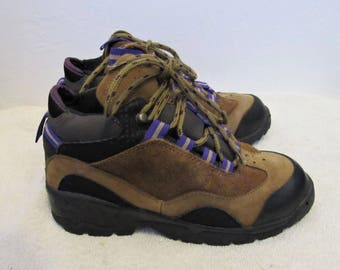 Vintage 90's,Tri-Colored,Suede Leather HIKING Boots By COLUMBIA.6.5.U.K/.7.5US/8.5 Wom