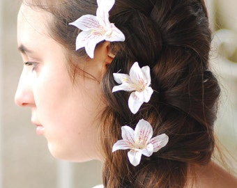 Wedding hair pin Bridal flowers hairpin Bridesmaid set Hair clip bridal Lilac flowers lilac wedding Prom purple Flower hair pin accessories