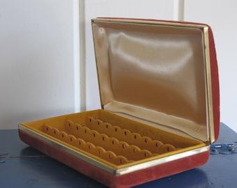 Red Mele Brushed Velvet Travel Jewelry Box / Earring Holder