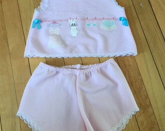 Vintage 1980s Toddler Girls Pink Bunny Summer Pajamas Set! Size 3