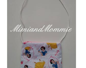 Snow White purse, crossbody purse, light weight purse
